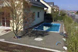 Garten mit Pool - Abschluss